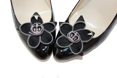 Absolutely Audrey zipper flower shoe clips  #fashion #shoes #shoe clips