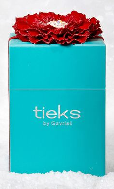 Attention: Tieks fans! For the only time this year, save up to 20% off! Click below to access the sale: And then use the invitation code: TIEKBLUE689P Great for gifts: includes the prettiest wrapping! http://rstyle.me/n/c8pixn2bn