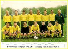 Equipos de fútbol: BORUSSIA DORTMUND Campeón de la Recopa 1966