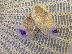 Thread crochet baby flip flops