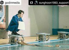 #Repost @sunghoon1983_support ・・・ #SungHoon new drama shooting ... #Repost @godinmedia ・・・ ❣️ 글로벌 로맨스 드라마 #애타는로맨스 #촬영현장 이 그림은 마치... 차진욱 본부장님(#성훈)의 핫바디를 감상하는 비서 우진(#박신운)! #함께해요 . Global romance drama #MySecretRomance #behindthescenes It looks like the secretary U-jin(#ParkSinUn) is enjoying Mr. Cha Jin-uk(#SungHoon)'s hot body! . 👉🏼고화질 사진은(high definition pics are on) http://naver.me/FfbyC3l1 . #로맨틱코미디 는 #가딘미디어 #romanticcomedy by #godinmedia