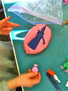 Teacher Tom: Crayon Sculpture Masters