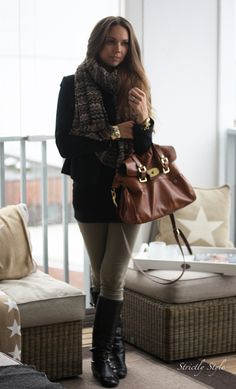 Neutral outfit | Strictly Style