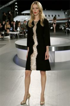 Chanel Resort 2008 Fashion Show - Raquel Zimmermann