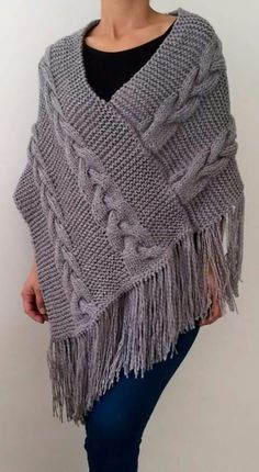 ideas for crochet shawl wrap capes ideas Crochet Jacket, Crochet Poncho, Crochet Beanie, Knitted Shawls, Crochet Baby, Loom Knitting, Knitting Patterns Free, Baby Knitting, Crochet Patterns