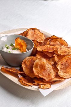 Smoked Paprika Potato Chips from Fine Cooking Great Recipes, Snack Recipes, Cooking Recipes, Favorite Recipes, Summer Recipes, Tailgating Recipes, Tapas, Russet Potatoes, Cotton Candy