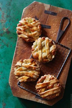 Apple Tarts #recipe from @bakersroyale