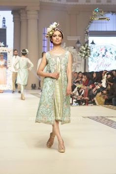 Maria B La Roseraie (The rose garden) Modern Bridal Dresses collection at Telenor Bridal Couture Week 2015 (13)
