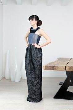 http://blog.martacucciniello.com/post/85890678039/the-creative-process-amphora-long-dress