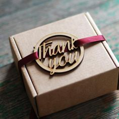 Wooden Round Thank You Tag- 10 pack – These large wooden tags are an encircled laser cut cursive 'Thank You', and have characteristic char-burned edges. Adorn your wedding invites, favours, ta Laser Cutter Ideas, Laser Cutter Projects, Cnc Projects, Trotec Laser, Laser Cut Wood, Laser Cutting, Wood Laser Engraving, Wood Laser Ideas, Engraving Ideas