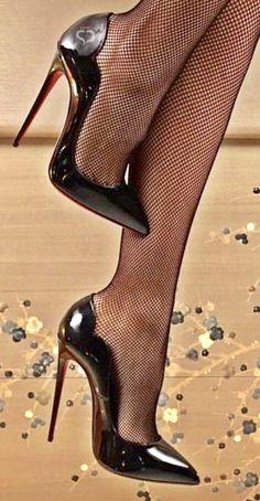 Sexy High Heels, High Heels Boots, Frauen In High Heels, Black Stiletto Heels, Hot Heels, High Heels Stilettos, Womens High Heels, Pantyhose Heels, Stockings Heels