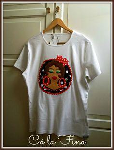 CAMISETAS FLAMENCAS: modelo Bulería, de mujer. #camisetasflamencas #camisetaspersonalizadas #camisetasdecoradas