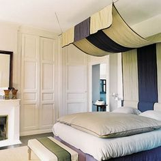 Add Elegance With Canopy Beds