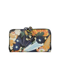 SAGAN Vienna long wallet in floral pattern printed on Italian top grain cow leather. Kimono Pattern, Flower Bag, Small Leather Goods, Japanese Kimono, Long Wallet, Cow Leather, Zip Around Wallet, Vienna, Handbags
