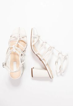 27 Best strappy sandals images | Sandały, Moda, Moda z lat 90.