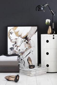 Black & white interior