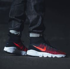 8e933a3194e0 Air Footscape Magista Flyknit