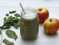 Mint, Apple & Pear Juice: Serves 2  - 4 red apples  - 4 pears  - 1 cucumber  - 1 cup of fresh mint leaves