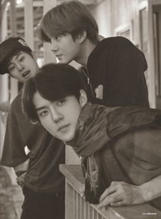 Xiumin, Suho, Sehun - 190917 Fourth official photobook 'PRESENT ; the moment' Credit: Glitter Baek. Chanyeol, Kyungsoo, K Pop, Exo Group, Exo Album, Exo Lockscreen, Xiuchen, Exo Ot12, Chanbaek