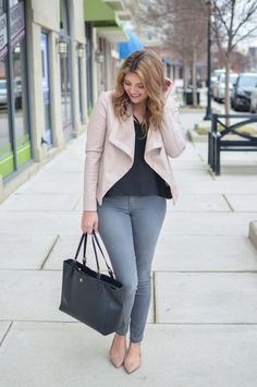 blush leather jacket outfit - blush jacket with grey skinny jeans. Click through to see more casual outfits or to shop this look! | http://www.bylaurenm.com