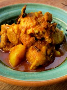 I've always thought of Cape Malay food as being the ultimate manifestation of 'cuisine by circumstance'. Finding themselves at the tip of Africa, and a world away from their nativ… Spicy Recipes, Curry Recipes, Indian Food Recipes, Asian Recipes, Vegetarian Recipes, Chicken Recipes, Cooking Recipes, Seafood Recipes, South African Dishes