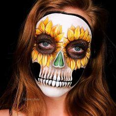 Cool and Glamorous Skeleton Makeup Ideas - Art - Halloween Halloween Makeup Sugar Skull, Skeleton Makeup, Sugar Skull Makeup, Halloween Makeup Looks, Halloween Skull, Scary Halloween, Sugar Skull Face Paint, Halloween Costumes, Pretty Halloween
