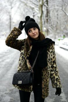 Leopard print fleecy jacket