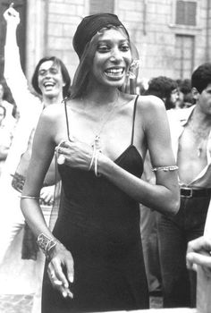 TRIP DOWN MEMORY LANE: DONYALE LUNA: THE WORLD`S FIRST BLACK SUPERMODEL AND THE FIRST TO GRACE THE COVER OF VOGUE
