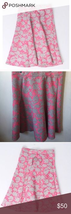 Grace Elements Grey and Pink Floral Skirt Size XL Grace Elements Grey and Pink Floral Skirt Size XL 🔹 New With Tags 🔹Color: Pink/Gray Style: A-Line Size Type: Regular Size: Large Material: 51% Polyester 36% Rayon 13% Spandex Pattern:  Floral.  Elastic Waistband Grace Elements Skirts
