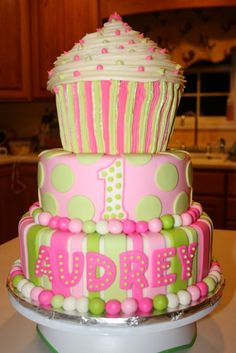 Carly's Cakes: November 2009