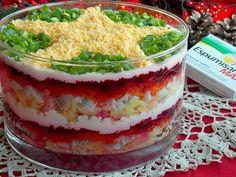 Szuba – warstwowa sałatka śledziowa z buraczkami | KuchniaMniam Polish Recipes, Polish Food, Guacamole, Cooking Recipes, Pudding, Ethnic Recipes, Desserts, Christmas, Noel