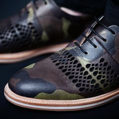 This oxford features a laser cut ventilation pattern, allowing you to cool down while you dress up during the warm summer season. The upper is crafted from a Saffian embossed full grain leather, smooth pigskin inner lining and a raw un-dyed Vachetta leather heel detail. We hand select only the finest leathers and materials that gain the unique character of the wearer and look better over time. The outsole is crafted from a combination of stacked leather and cushioning EVA, with a embedded…