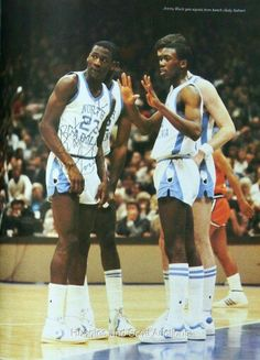 The GOAT and Jimmy Black get signals from the bench in a game against the Virginia Cavaliers in Chapel Hill North Carolina. Michael Jordan Unc, Mike Jordan, Michael Jordan Pictures, I Love Basketball, Basketball Legends, College Basketball, Basketball Jones, Basketball Scoreboard, Sports Uniforms