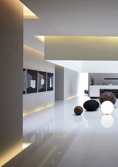 Home Decor Themes Lightbox by Hsuyuan Kuo Architect & Associates.Home Decor Themes Lightbox by Hsuyuan Kuo Architect & Associates Cove Lighting, Interior Lighting, Lighting Design, Light Architecture, Interior Architecture, Interior And Exterior, Lobby Design, Plafond Design, Interior Decorating
