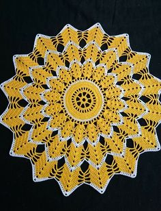 Crochet sunflower doily / Lace / Yellow with black or brown / Crochet Circles, Crochet Doily Patterns, Crochet Round, Crochet Chart, Crochet Squares, Thread Crochet, Filet Crochet, Crochet Motif, Crochet Designs