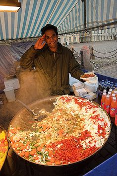 Fresh Food by Petteri Sulonen, Helsinki, Finland. World Street Food, Street Food Market, Best Street Food, Food Trucks, Cultures Du Monde, Indian Food Recipes, Ethnic Recipes, World Recipes, People Of The World