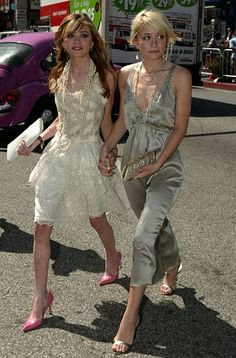 "Mary-Kate Olsen and Ashley Olsen arrive to the premiere of there new film ""New York Minute"" held at Grauman's Chinese Theatre in Los Angeles on May 1, 2004."