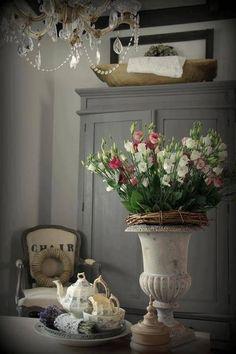 Ana Rosa, via: awesomelivingrosita / cottage style / country French Country Farmhouse, French Country Style, Country Chic, Rustic French, Rustic Chic, Country Living, French Decor, French Country Decorating, Vibeke Design