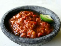 Balinese Tomato and Chilli Sauce (Sambal Tomat) Asian Recipes, Healthy Recipes, Ethnic Recipes, Sambal Recipe, Indonesian Cuisine, Indonesian Recipes, Sauce For Chicken, Spicy Sauce, Sriracha Sauce