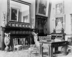 A photograph of the White House Red Room under Chester Alan Arthur shows Louis C. This room was in shades of terra-cotta red, with stars and stripes in metallic stenciling. American Presidents, Us Presidents, American Independence, Us History, American History, Presidential History, John Adams, Red Rooms, Library Of Congress