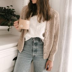 Cardigan Outfits, Casual Outfits, Cute Outfits, Cardigan Sweater Outfit, Cute Sweater Outfits, Classic Outfits, Girl Outfits, Skandinavian Fashion, Looks Style