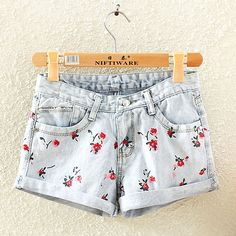 $26.99 USDFloral Print Roll Up Low Waist Denim Cutoffs