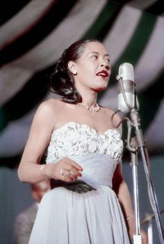 8 Style And Beauty Lessons We Learned From Billie Holiday