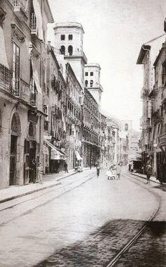 Calle de la Princesa, en una imagen de Hausser y Menet. Estamos a principios del S. XX, antes de 1912, fecha en la que dicha calle cambió su nombre por la actual Rafael Altamira