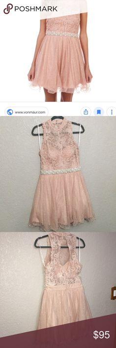 b3e9af168 City Triangles homecoming dress City Triangles homecoming dress purchased  at Von Maur 🥰size 9 ✅
