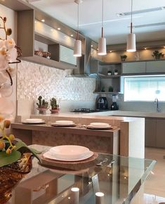 Beautiful kitchen with silestone countertops and fendi cabinets! Did you like it? Kitchen Room Design, Interior Design Kitchen, Home Design, Room Interior, Kitchen Dining, Kitchen Decor, Silestone Countertops, Cuisines Design, Beautiful Kitchens