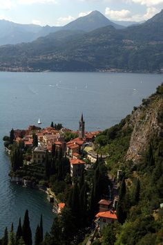 Varenna, Lake Como, Lombardy, Italy #Travel