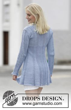 """Knitted DROPS jacket with lace pattern and shawl collar in """"Muskat"""". Size: S - XXXL. ~ DROPS Design"""