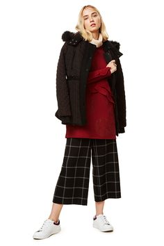 Desigual women's warm black coat with subtle contrasting red details and  fake fur at the collar 6c78c162dde0