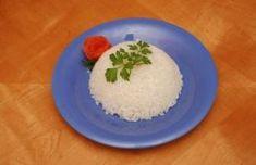 Aprende a preparar arroz blanco al caldero como lo hacia mi mama en Carolina, Puerto Rico. Para mas recetas Boricuas visita www.chefmilani.com  Recetas en video